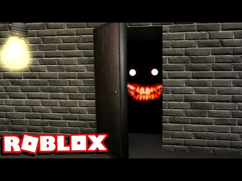 what's behind this door in roblox will disturb you...