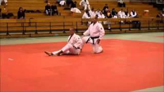 Repeat youtube video KATAME NO KATA par Roland et Nicolas DEVIENNE 8eme tournoi européen de Kata Marcel Clause