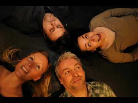 Band HIER, HIERMUSIK, deutsche Musik, hier spielt die Musik, Trau nicht, Liebeslied