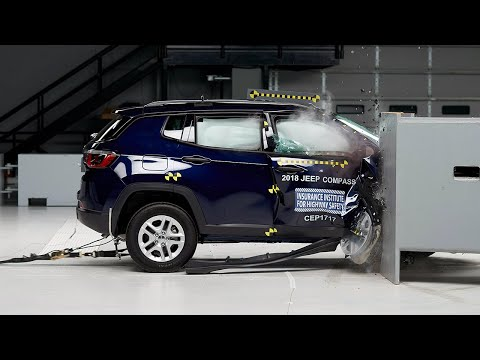 2018 Jeep Compass Passenger-side Small Overall IIHS Crash Test