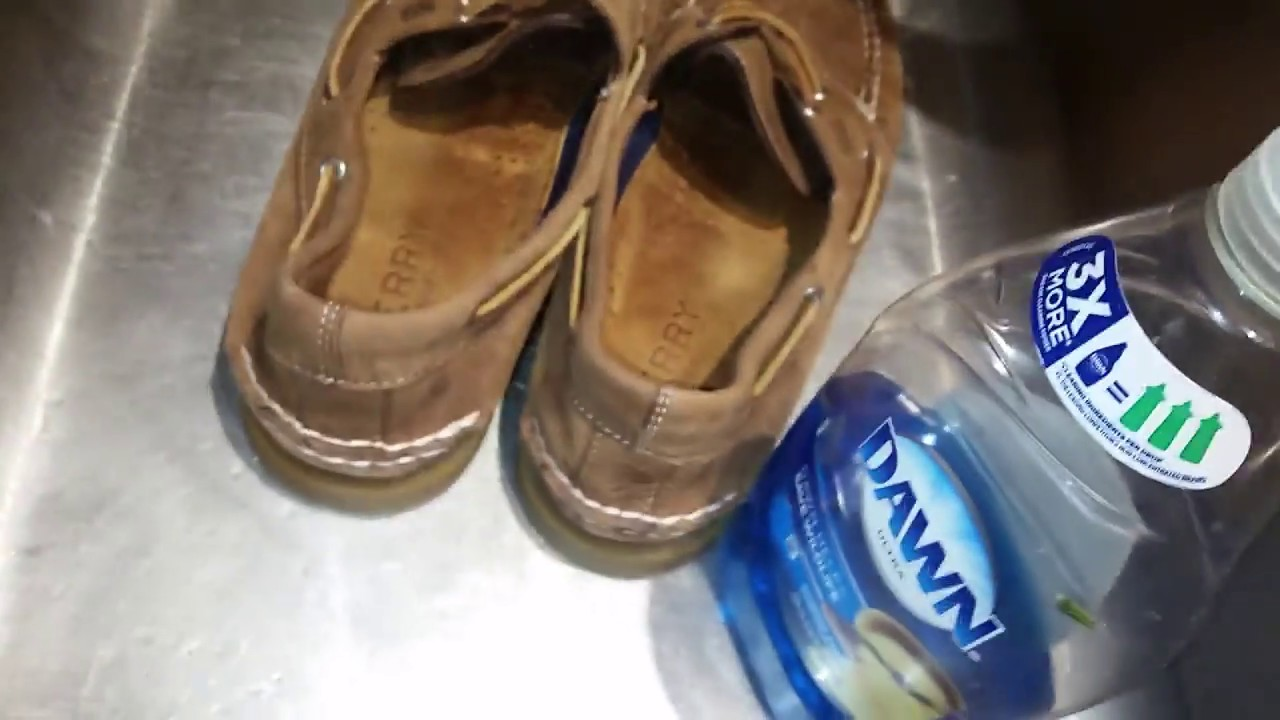 208cffc0fb08 Decided To Give My Sperry TopSiders Boat Shoes The Weathered Look Using  Dawn Dishwashing Liquid Soap