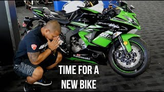 SnewJ goes shopping for a new Motorcycle..