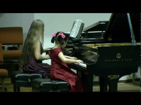 5 years old Helen Yu, student of Dr. Tanya Shevtsova, plays Concerto in F Minor by J.S.Bach