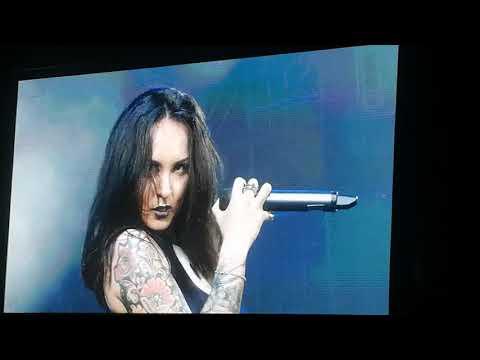 "Jinjer - ""Outlander"" Live in Manila"