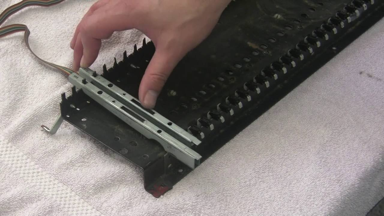 Pratt-Reed keyboard bushings ARP Odyssey Axxe Prophet 5 Oberheim OB-Xa Minimoog