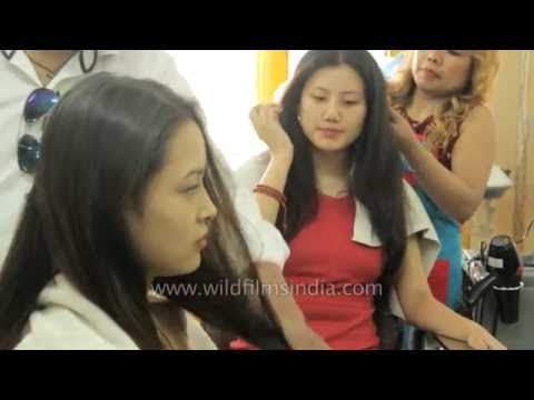 """Miss Tibet 2016 """"Tenzing Sangnyi"""" During The Hair And Make-up Session"""