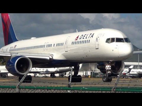 Climbing like a rocket!  Delta Airlines Boeing 757-200 Takeoff from SXM