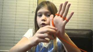 Instructions for finger knitting by Courtney