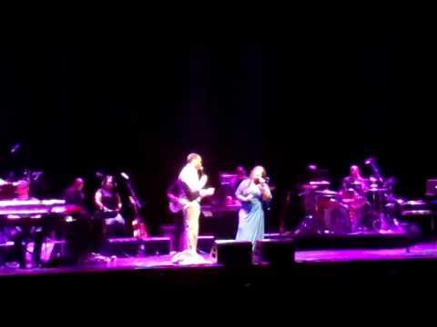 Eric Roberson & Lalah Hathaway perform