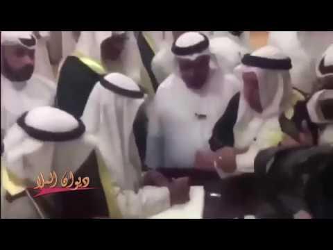 الشيخ ناصر صباح الأحمد يزور مسجد الإمام الصادق في الذكرى السنوية الثالثة لحادث التفجير الإرهابي