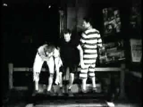 Hollywood Spotlight : Footprints At Grauman's Chinese Theatre