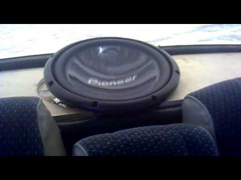 Low end mosnster 4 fi sp4s on 4 2000 watt sundow for 20000 watt tahoe window shake