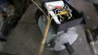 видео Однофазный электродвигатель 220в