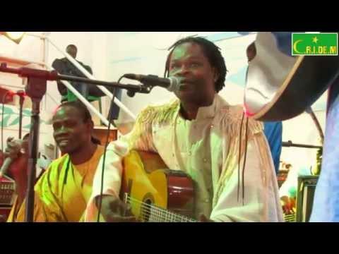 Baba Maal retrouve Nouakchott pour un show de feu avec les femmes de Bagodine