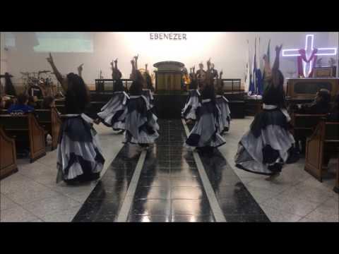 Labaredas de Deus - Dança Profética - Vale de ossos secos - Rejane