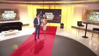 Poty Castillo y Rebeca Liscano os Desean Feliz Navidad desde el plato de Show Business Extra España
