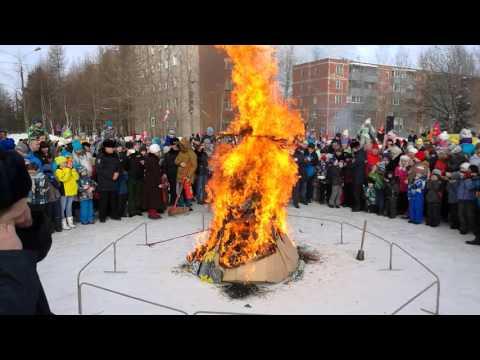 Как празднуют древний праздник Масленица в современной России