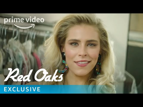 Red Oaks Season 3 – Exclusive: 80s Wardrobe Tutorial with Misty | Prime Video