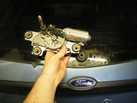 hqdefault ford focus rear wiper blade motor replacement youtube 2014 Ford Focus Wiring Diagram at bayanpartner.co