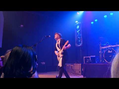 PHILIP SAYCE 02 AU WOOD STOCK GUITARE LIVE TITI ROCK ALSACE DEJANTE