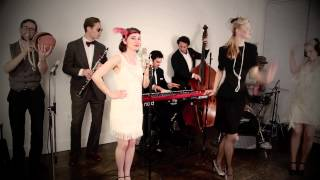 Repeat youtube video Gentleman (Vintage 1920s Gatsby - Style Psy Cover)
