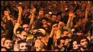 Kings OF Leon - SEX ON FIRE (Live SWU Music and Arts Festival, Brazil 2010)