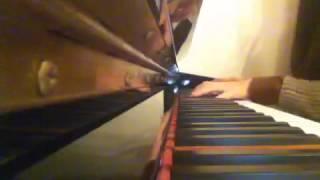 아픈 사랑 心痛的愛情(이민호 李敏鎬)即興鋼琴演奏  - Lauretta Cover