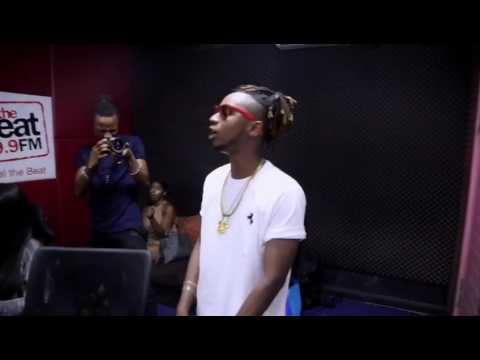 Yung6ix Vibing to No Favors at BeatFm Lagos