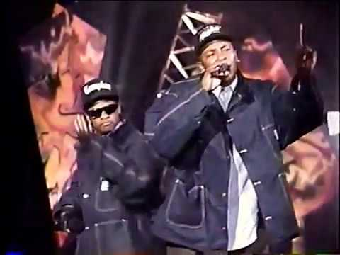 N.W.A. - 100 Miles And Runnin' (Live 1990)