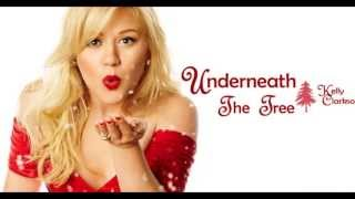 Kelly Clarkson - Underneath The Tree - Lyrics
