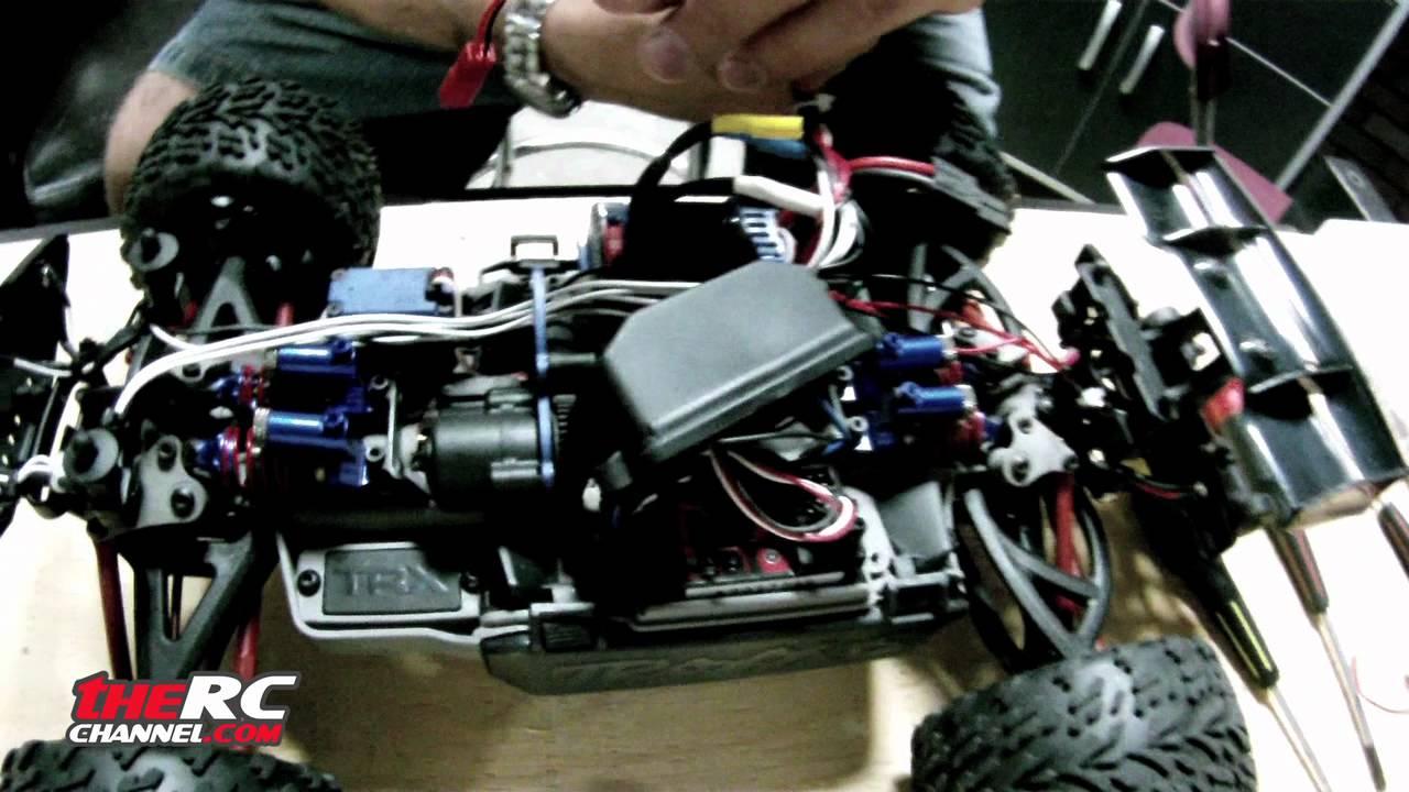 Putting Led Lights On The Traxxas 1-16 E-revo