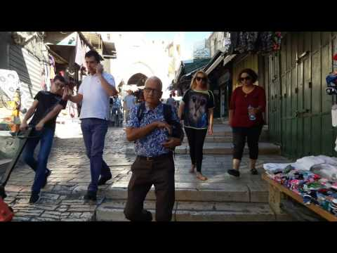 Walking through the Damascus gate into the Arab market to western wall 2 Oct 16