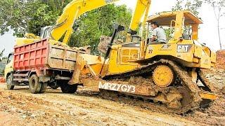 Dump Truck Slip And Stuck CAT D6R Bulldozer Komatsu PC228 Excavator Working