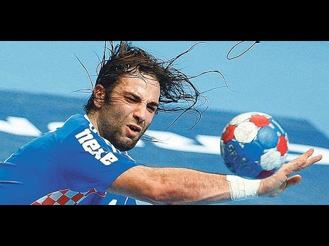 Top 15 plays ● Ivano Balic