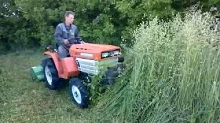 Mini traktor Kubota 1400 z kosiarką bijakową SPRZEDAM. www.akant-ogrody.pl