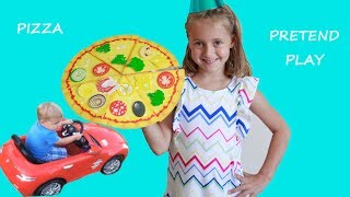 PRETEND PLAY PIZZA DELIVERY AND COOKING