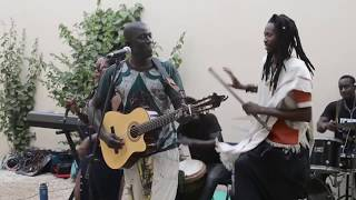 """Aida"" Full song with kids at ""SamuSociale"" in Dakar"