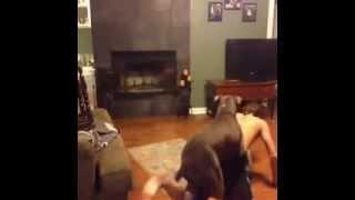 Собака насилует человека!