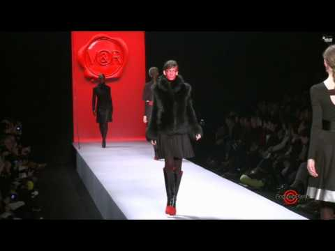 Victor & Rolf - Paris Fashion Week - Fall Winter 2011 - Full Show