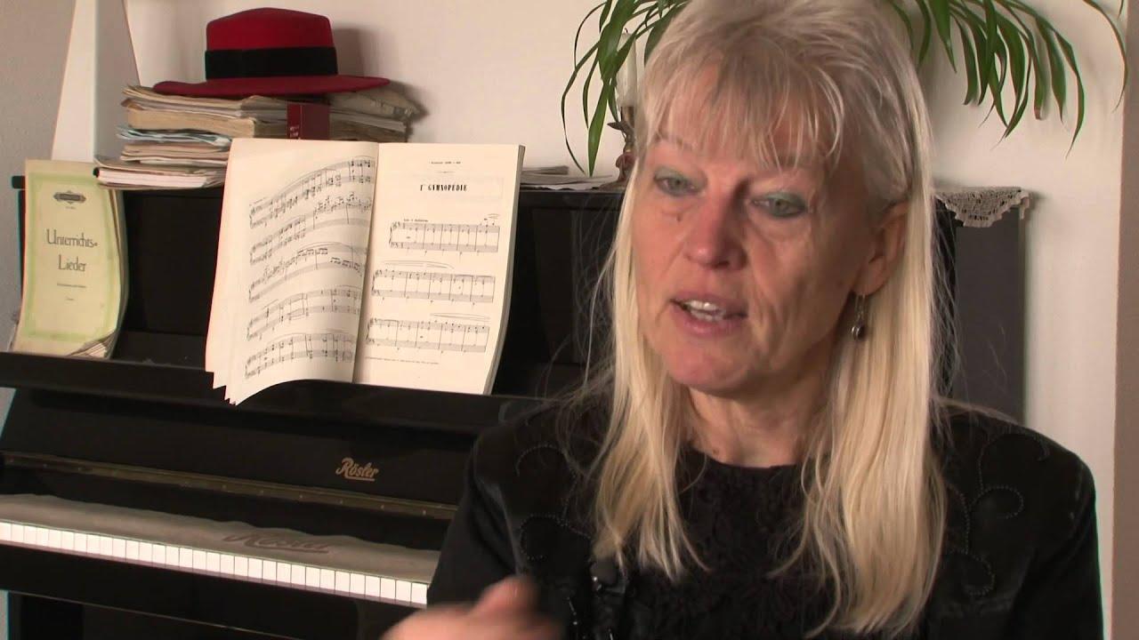 Thea Derks: Reinbert de Leeuw - mens of melodie - YouTube