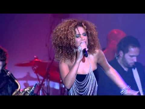 License to kill / Goldfinger - Sharon Doorson & New Amsterdam Orchestra