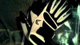 Cutters c tack reciever glove