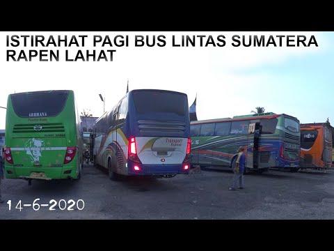 bus-bus-akap-berkumpul-pagi-pagi-istirahat-sejenak-di-rm.-rapen-lahat