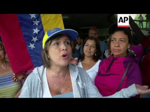 Thousands protest peacefully in Venezuela