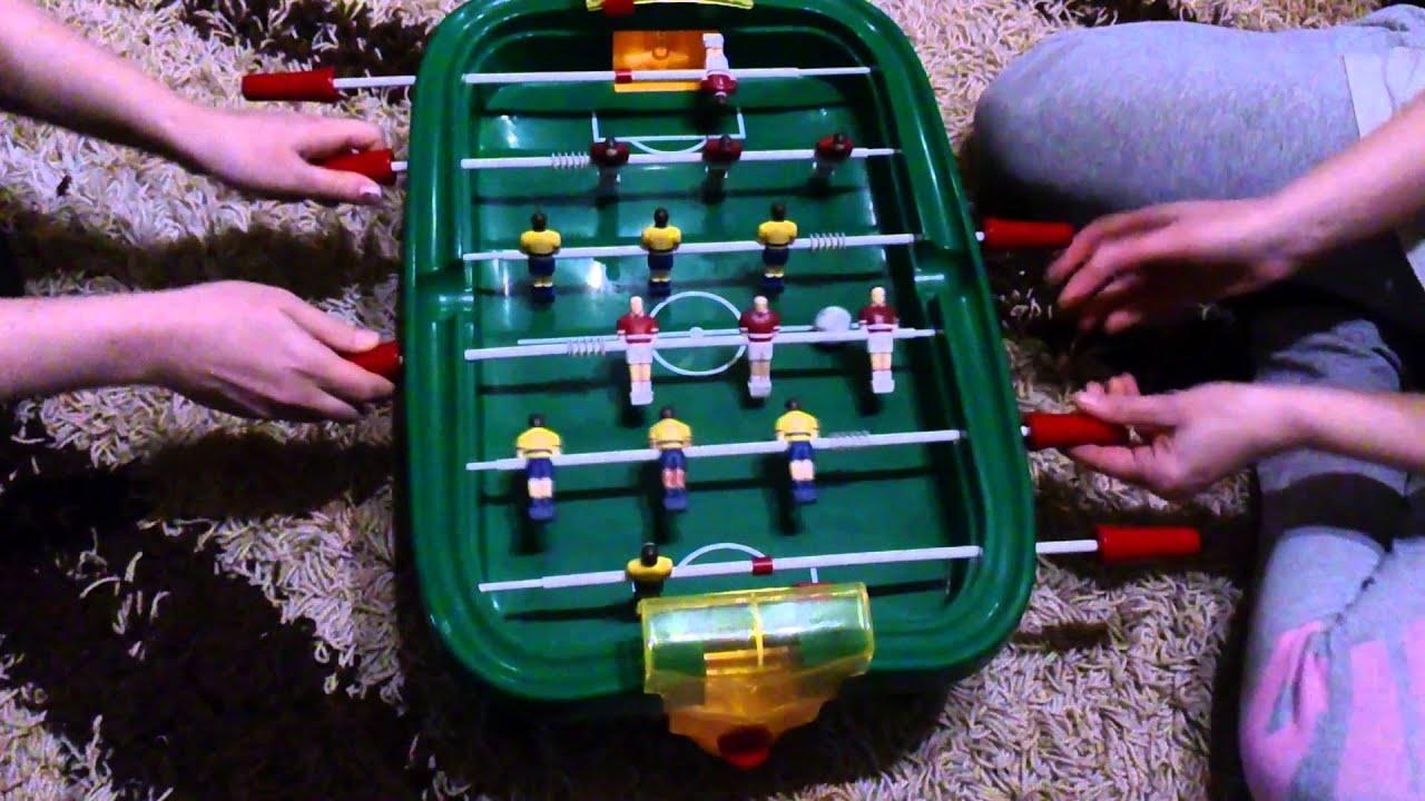 24 сен 2014. Совсем немного времени осталось, чтобы наслаждаться активными играми на открытом воздухе, поэтому мы вспомнили о такой популярной игре, как кикер — настольный футбол — и разобрались, где в северной.