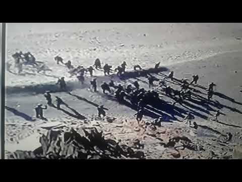 indo-chin stone pelting war 15-08-2017