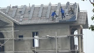 Tiling House Roof Using Screw To Fix Tiles