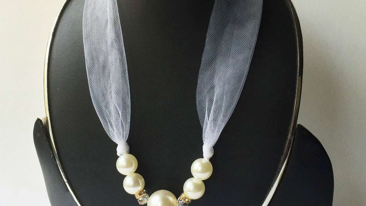 How To Make A Elegant Pearl And Ribbon Necklace Diy