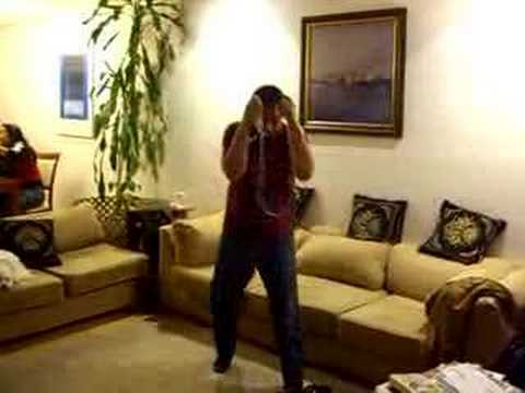 Flores learns to Wii