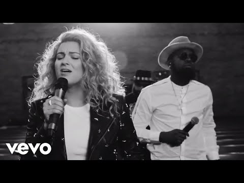 Tori Kelly - Help Us To Love ft. The HamilTones (Live)
